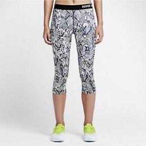 Nike Pro Snakeskin Leggings Tights Cropped